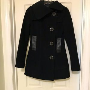 Mackage Coat with leather pockets